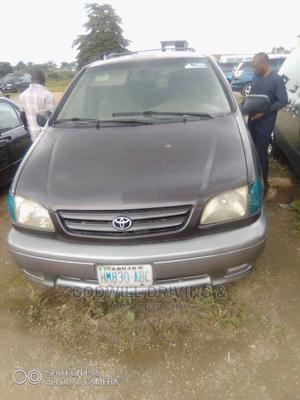 Toyota Sienna 2006 Brown | Cars for sale in Abuja (FCT) State, Mararaba