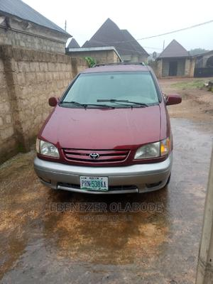 Toyota Sienna 2002 XLE Red | Cars for sale in Osun State, Ilesa