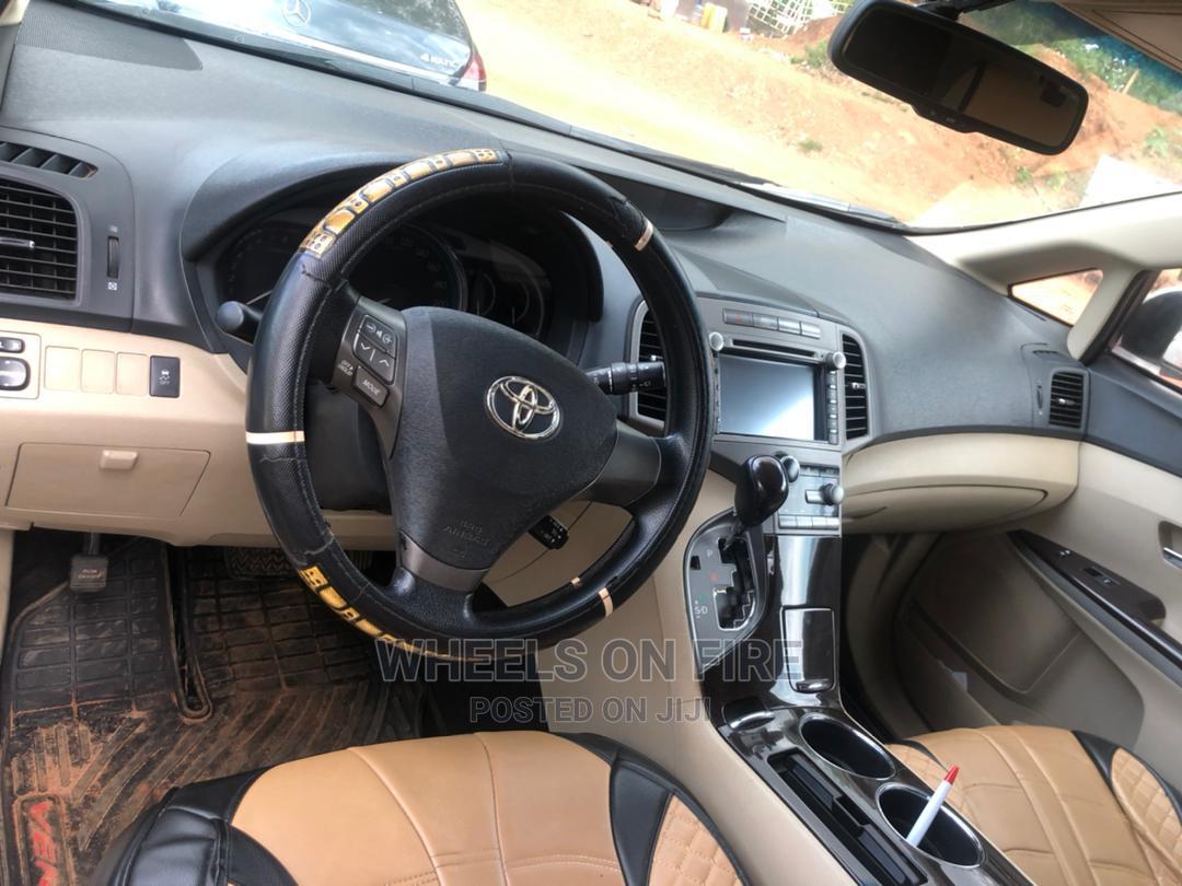 Archive: Toyota Venza 2012 V6 AWD White