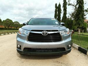 Toyota Highlander 2015 Silver | Cars for sale in Abuja (FCT) State, Katampe