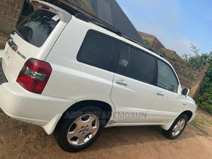 Toyota Highlander 2006 Limited V6 4x4 White | Cars for sale in Ogun State, Abeokuta North