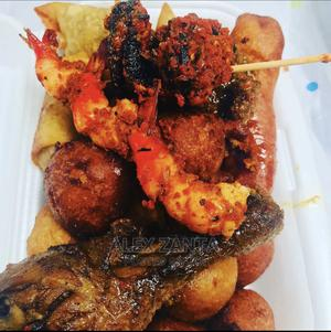Small Chops Maker or Kitchen Assistant wanted   Restaurant & Bar Jobs for sale in Lagos State, Ajah