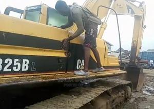 Clean Company Used 325BL Excavator for Sale in PH   Heavy Equipment for sale in Rivers State, Obio-Akpor
