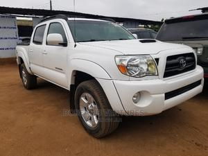 Toyota Tacoma 2008 4x4 Double Cab White | Cars for sale in Lagos State, Ikotun/Igando
