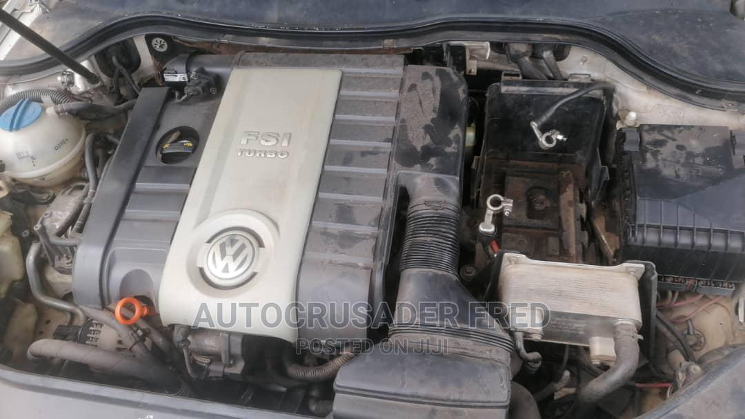 Archive: Volkswagen Passat 2008 2.0 White