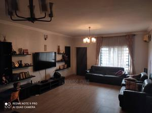 Furnished 3bdrm Block of Flats in Yaba, Adekunle for Rent | Houses & Apartments For Rent for sale in Yaba, Adekunle