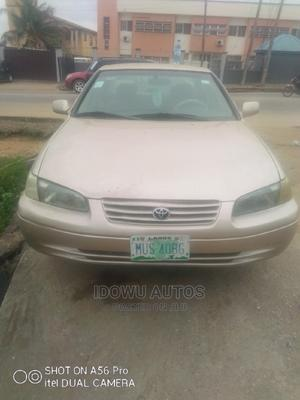 Toyota Camry 1999 Automatic Gold | Cars for sale in Lagos State, Ejigbo