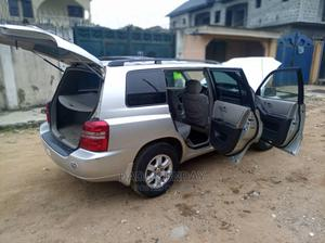 Toyota Highlander 2004 Silver | Cars for sale in Lagos State, Alimosho