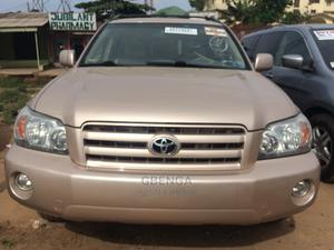 Toyota Highlander 2004 Gold   Cars for sale in Lagos State, Abule Egba