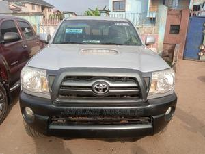 Toyota Tacoma 2010 Double Cab V6 Automatic Silver | Cars for sale in Lagos State, Ikorodu