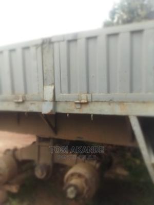 Half Body Truck 40feet | Trucks & Trailers for sale in Ondo State, Akure