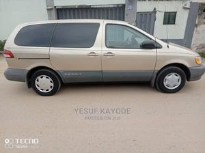 Toyota Sienna 2002 Gold | Cars for sale in Lagos State, Isolo