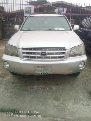 Toyota Highlander 2004 Limited V6 4x4 Silver | Cars for sale in Lagos State, Ejigbo