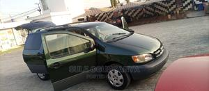 Toyota Sienna 2000 CE & 1 Hatch Green | Cars for sale in Lagos State, Ajah