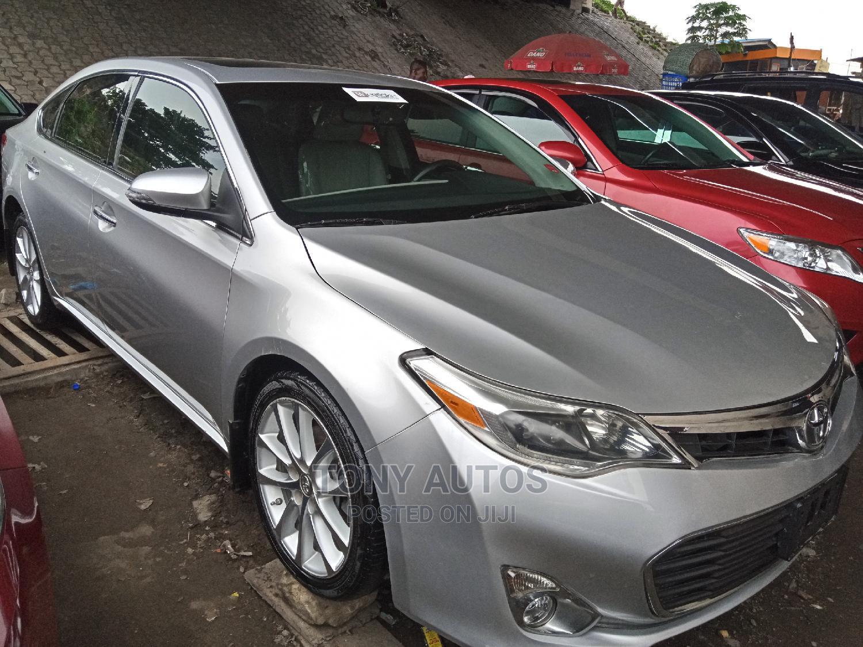 Archive: Toyota Avalon 2013 Silver