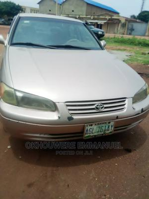 Toyota Camry 1998 Automatic Gold | Cars for sale in Kaduna State, Zaria