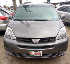 Toyota Sienna 2005 Gray   Cars for sale in Delta State, Warri