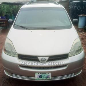 Toyota Sienna 2004 Silver | Cars for sale in Enugu State, Enugu