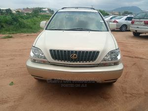 Lexus RX 2002 300 2WD Off White | Cars for sale in Abuja (FCT) State, Kubwa