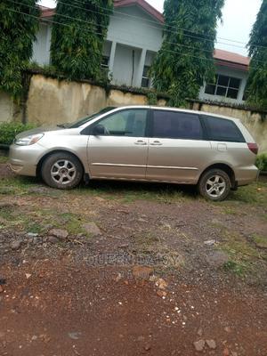 Toyota Sienna 2005 XLE Gold   Cars for sale in Enugu State, Enugu