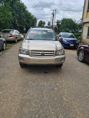 Toyota Highlander 2005 Gold   Cars for sale in Lagos State, Ilupeju