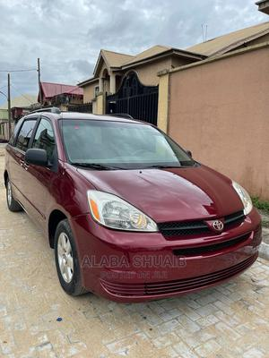 Toyota Sienna 2005 LE AWD Red   Cars for sale in Lagos State, Ojo