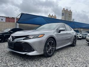 Toyota Camry 2019 SE (2.5L 4cyl 8A) Silver | Cars for sale in Lagos State, Amuwo-Odofin