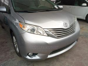 Toyota Sienna 2012 XLE 8 Passenger Silver   Cars for sale in Lagos State, Yaba