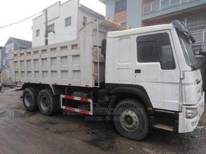 Howo Tipper 375 Direct Tokunbo 2016 | Trucks & Trailers for sale in Lagos State, Apapa