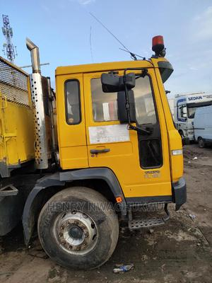 Volvo Fl6 180 Tipper 10bolts Tokunbo | Trucks & Trailers for sale in Lagos State, Apapa