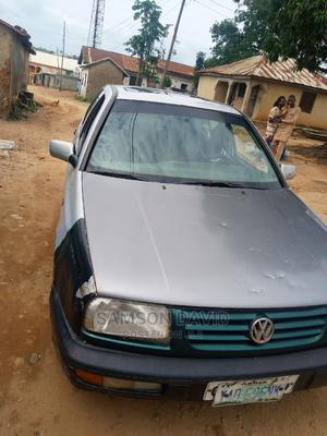 Volkswagen Golf 2004 2.0 Variant Gray   Cars for sale in Abuja (FCT) State, Central Business District