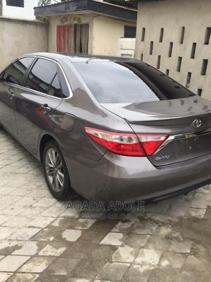 Toyota Camry 2017 Brown   Cars for sale in Abuja (FCT) State, Kubwa