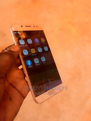 Samsung Galaxy J5 Pro 16 GB Gold | Mobile Phones for sale in Lagos State, Abule Egba