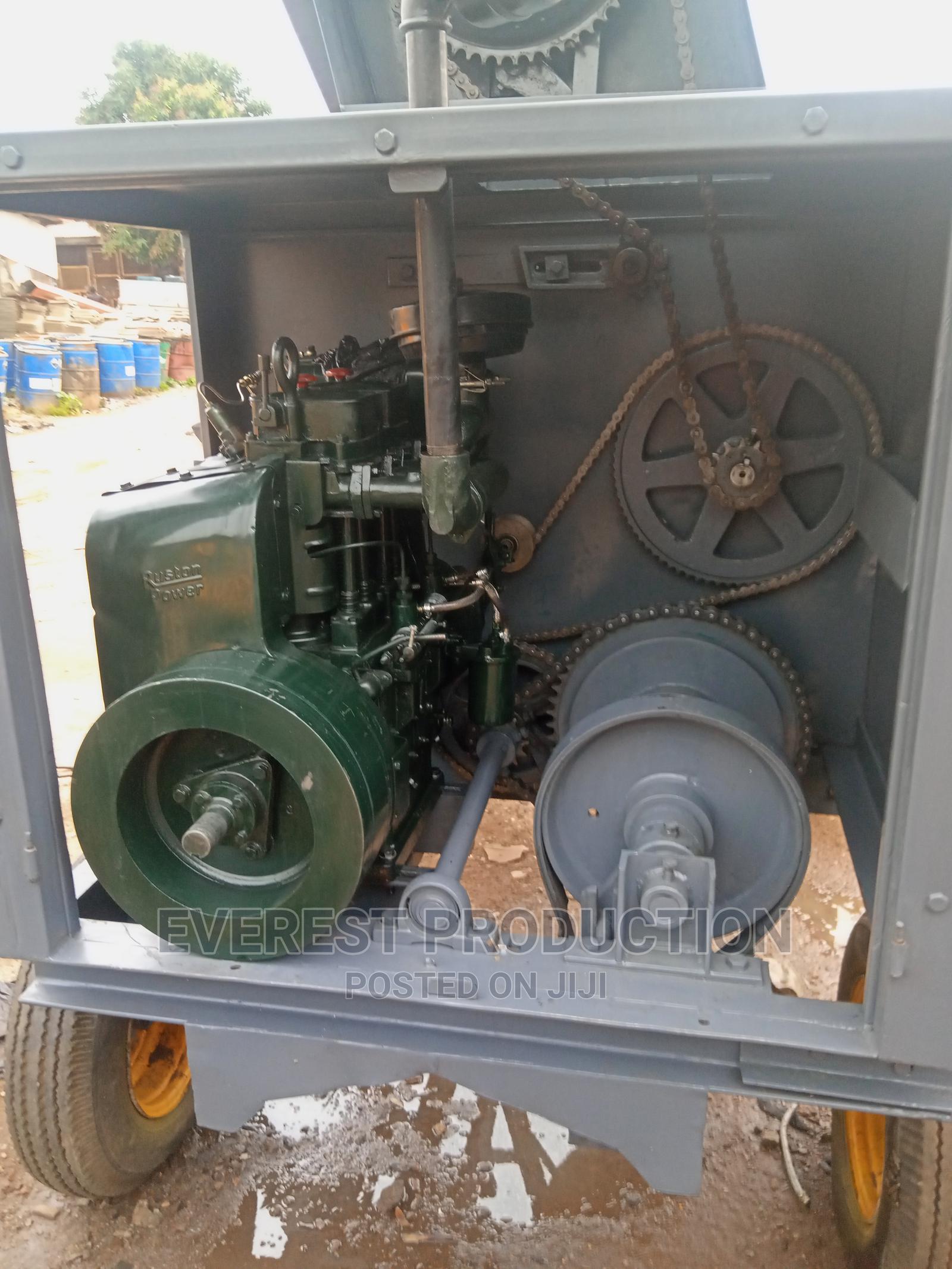 Foreign Used Crane Concrete Mixer | Heavy Equipment for sale in Dei-Dei, Abuja (FCT) State, Nigeria