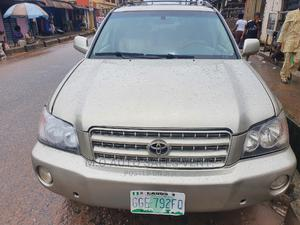 Toyota Highlander 2003 Limited V6 AWD Gold | Cars for sale in Lagos State, Egbe Idimu