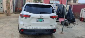 Toyota Highlander 2015 White | Cars for sale in Lagos State, Ifako-Ijaiye