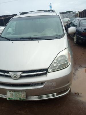 Toyota Sienna 2005 LE AWD Silver   Cars for sale in Lagos State, Ipaja