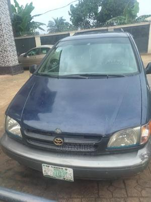 Toyota Sienna 2000 XLE & 1 Hatch Blue   Cars for sale in Abia State, Aba North