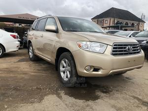 Toyota Highlander 2008 4x4 Gold | Cars for sale in Lagos State, Isolo