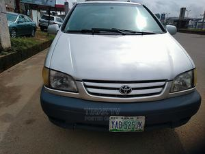 Toyota Sienna 2002 XLE Silver | Cars for sale in Imo State, Owerri
