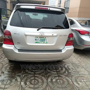 Toyota Highlander 2004 Silver   Cars for sale in Lagos State, Ojota