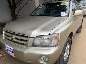 Toyota Highlander 2002 Limited V6 FWD Gold   Cars for sale in Lagos State, Magodo