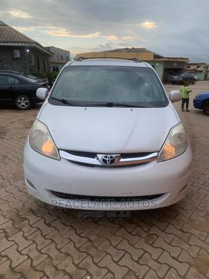 Toyota Sienna 2008 XLE Limited White   Cars for sale in Lagos State, Ifako-Ijaiye