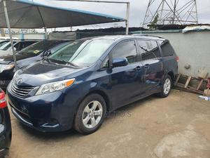 Toyota Sienna 2012 Limited 7 Passenger Blue   Cars for sale in Lagos State, Agege
