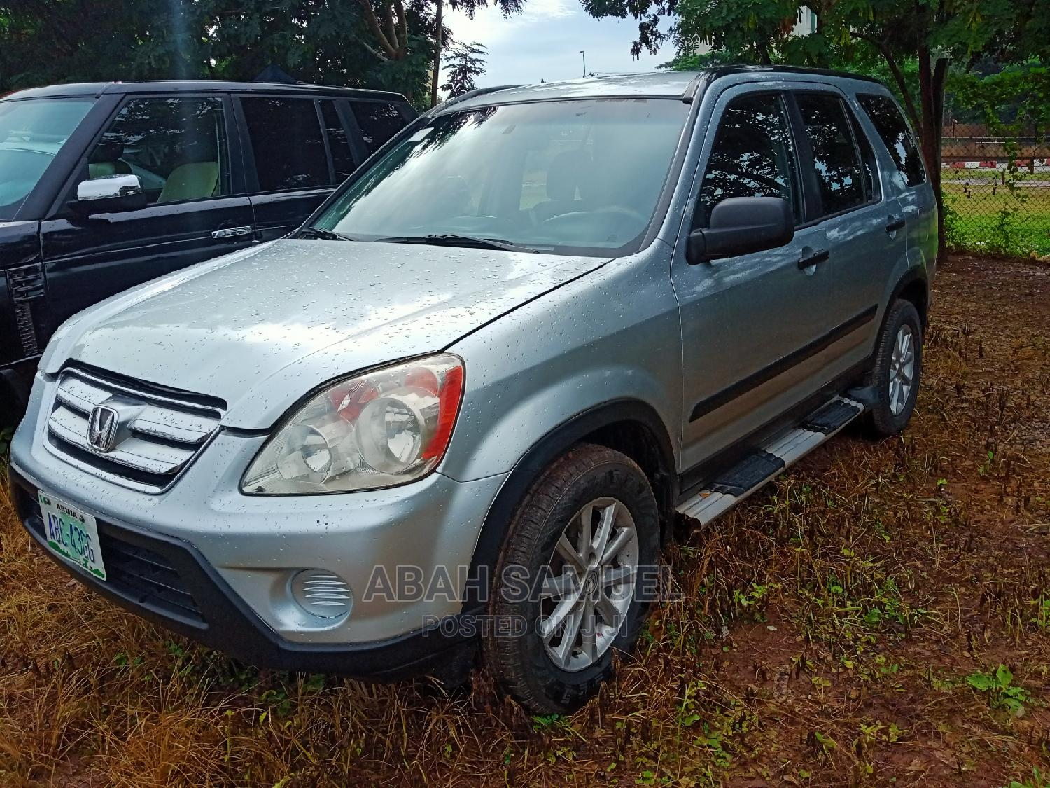 Honda CR-V 2004 2.0i ES Automatic Silver   Cars for sale in Central Business District, Abuja (FCT) State, Nigeria