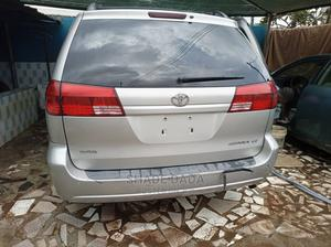 Toyota Sienna 2005 LE AWD Silver   Cars for sale in Lagos State, Shomolu