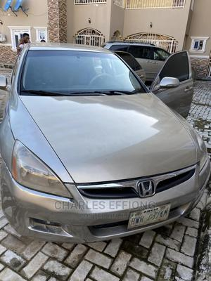 Honda Accord 2008 2.0 Comfort Automatic Gold | Cars for sale in Abuja (FCT) State, Lugbe District