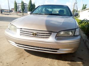 Toyota Camry 1999 Automatic Gold | Cars for sale in Lagos State, Egbe Idimu