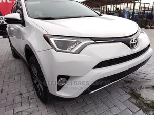 Toyota RAV4 2016 LE AWD (2.5L 4cyl 6A) White   Cars for sale in Lagos State, Lekki