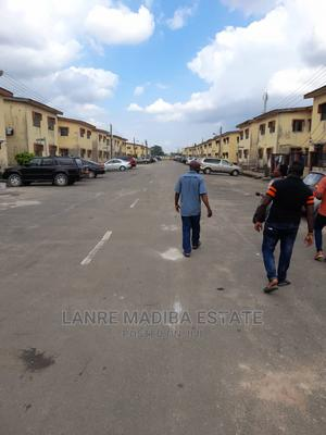 Furnished 3bdrm Block of Flats in Millinium Estate, Alagbado for Sale | Houses & Apartments For Sale for sale in Ifako-Ijaiye, Alagbado